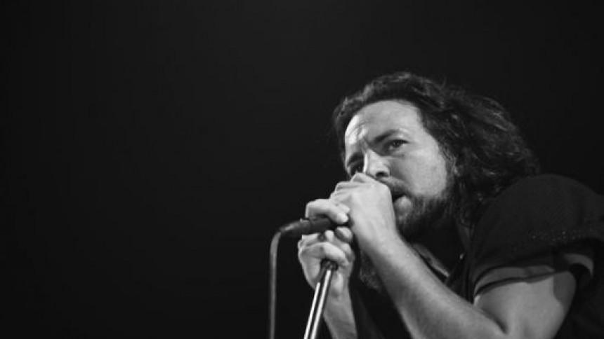 Grunge-legend klar med ukuleleskiva