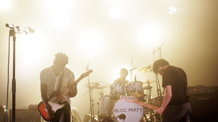 Bloc Party letar ny sångare