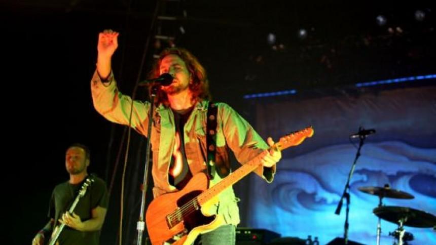 Pearl Jam firar 20-årsjubileum med liveskiva