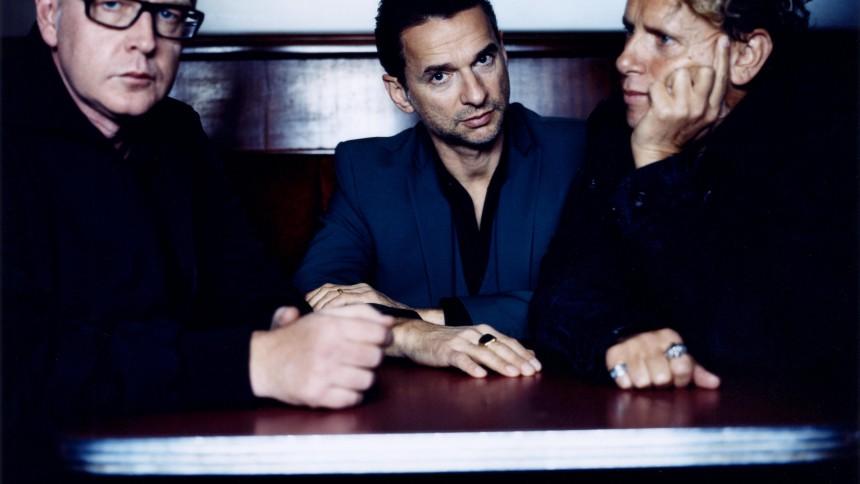 EXTRA: Depeche Mode går in i studion