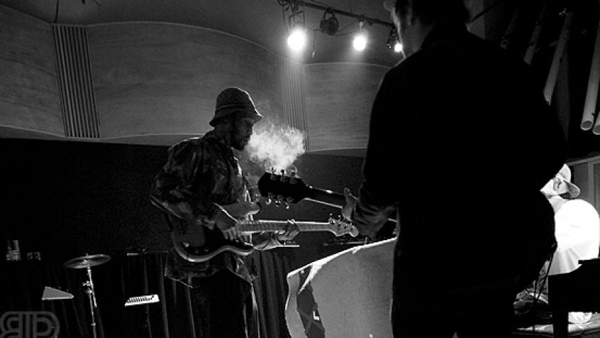 The Black Keys och RZA samarbetar