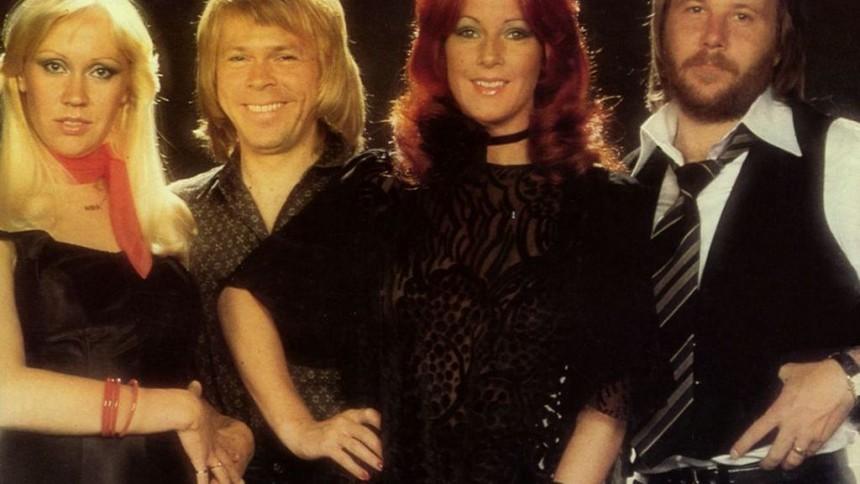 ABBA-Benny testar garagerock och frijazz