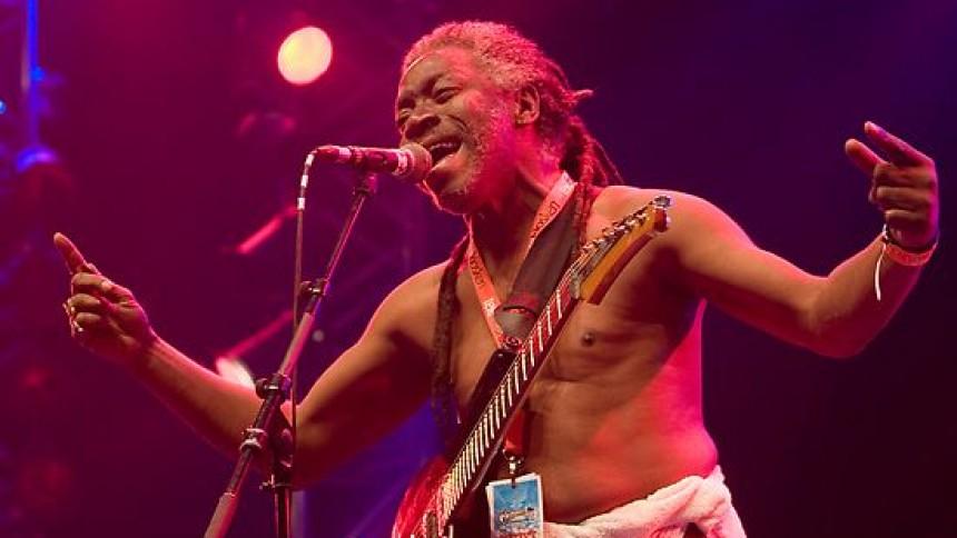 Parliament-gitarrist död