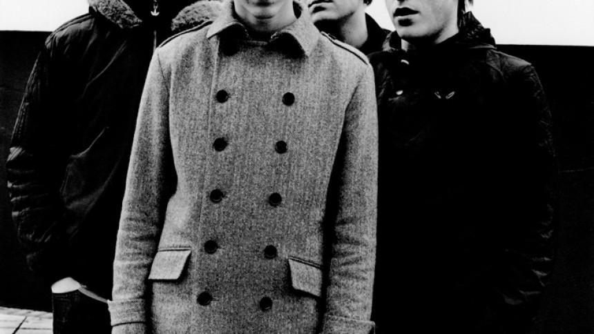 Arctic Monkeys avslöjar releasedatum