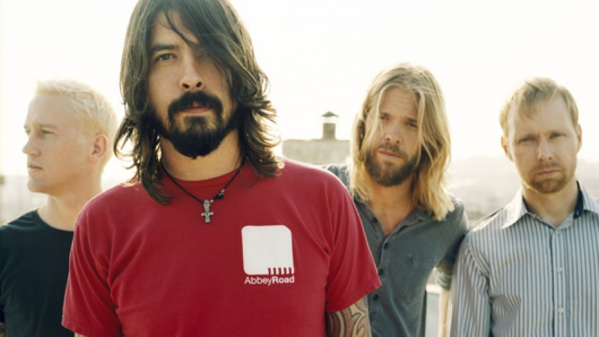 Foo Fighters + Support