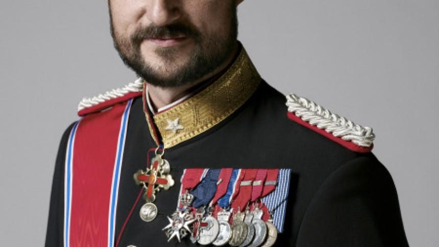 by:Larm får kungligt besök