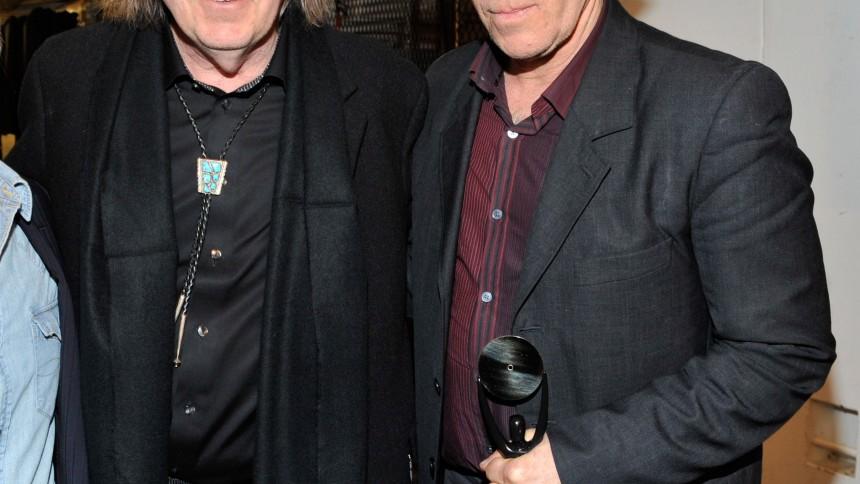 Neil Young väljer Tom Waits
