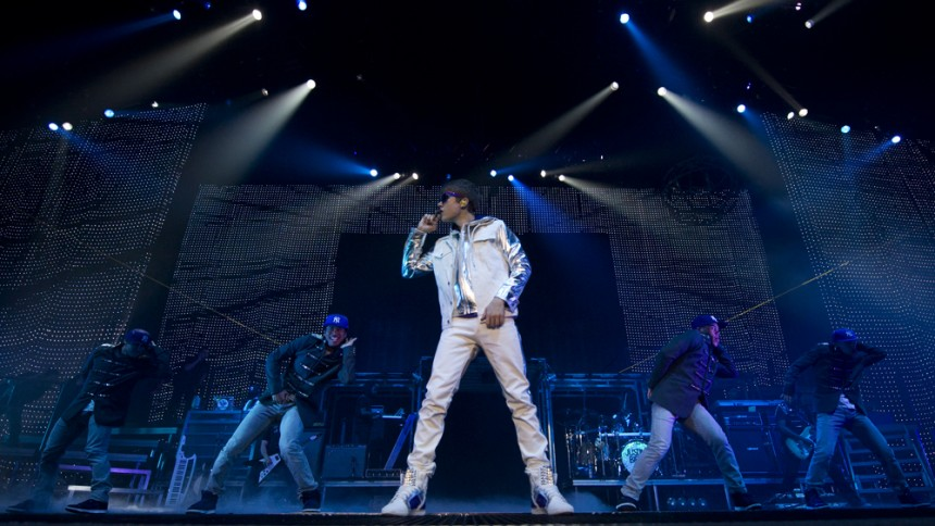 Bieber i duett med Tinie Tempah