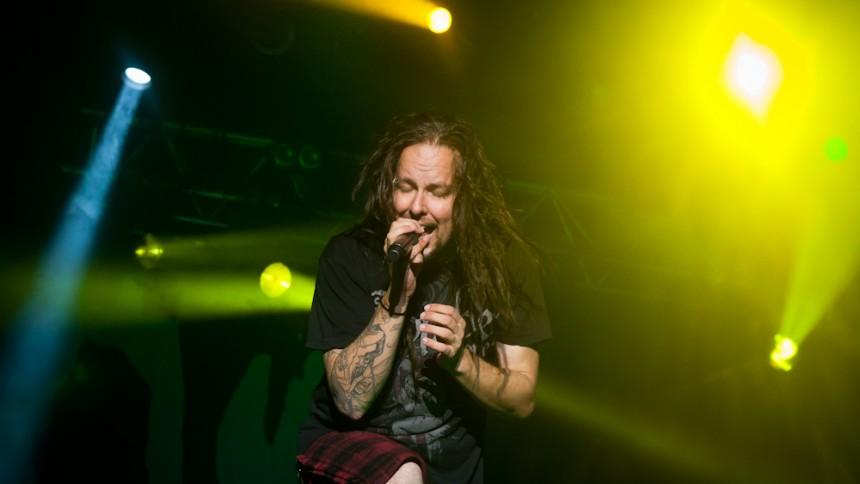 Korns sångare ger ut electro-ep