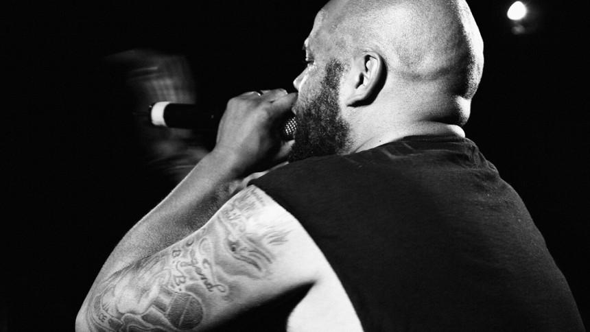 Ken Ring kängar till musikbranschen – och startar skivbolag