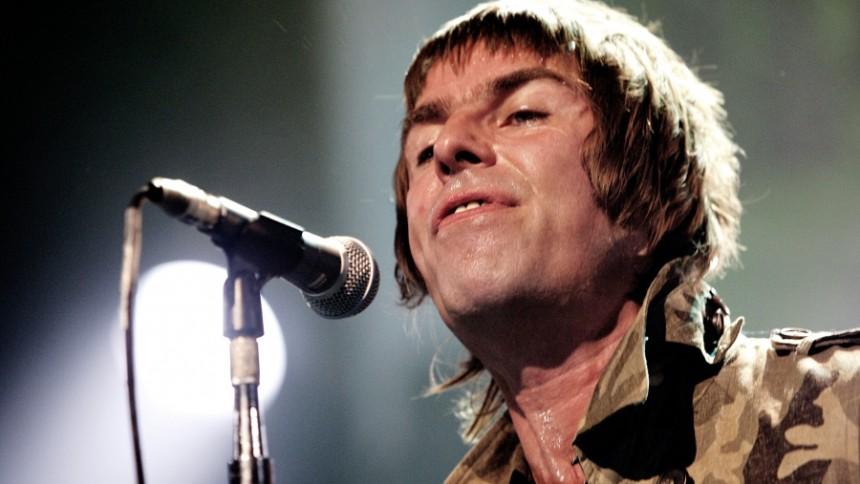 Liam Gallagher mot vita duken