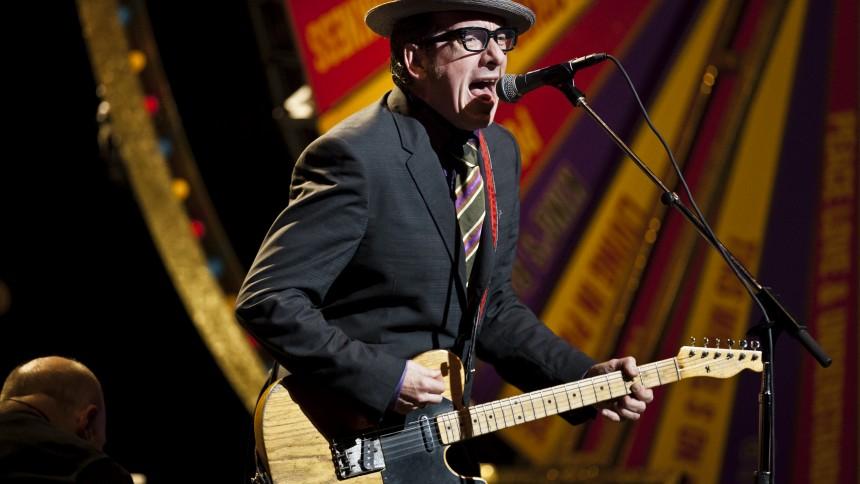 Elvis Costello till Sverige