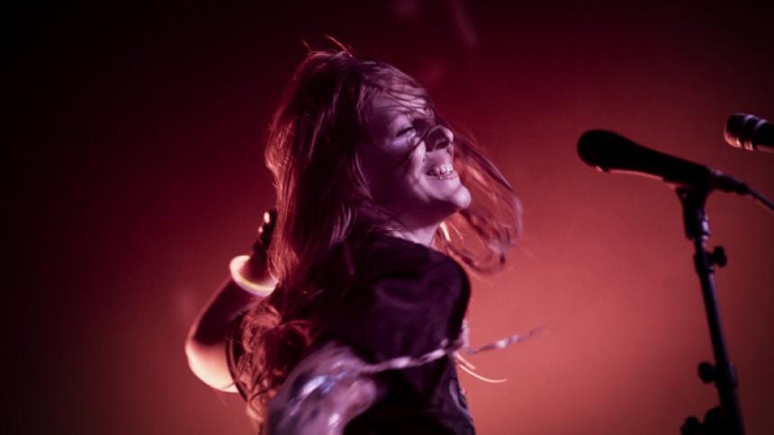 Niki & The Dove på turné