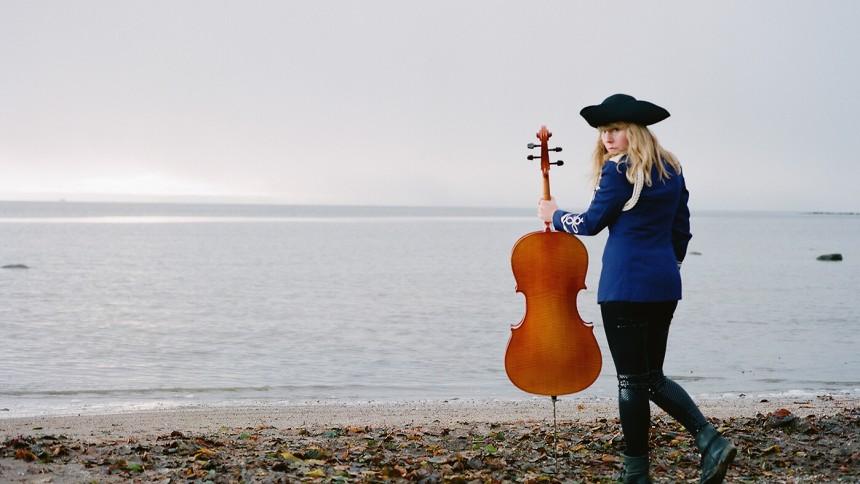 Linnea Olsson oväntad körsångerska
