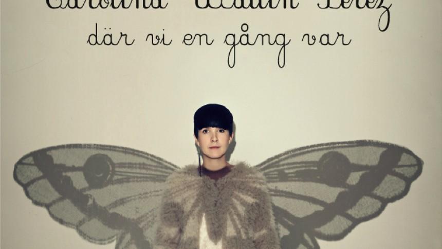 Carolina Wallin Pérez fångar fjärilar