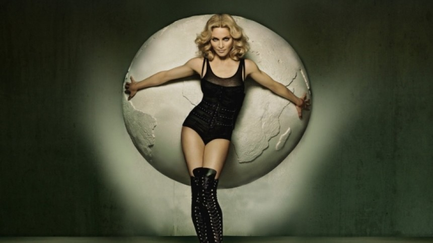 Madonna toppar Billboardlistan