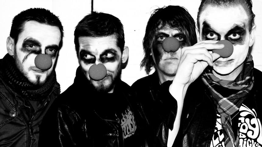 Knivderby tackar för sig med ett sista album och turné