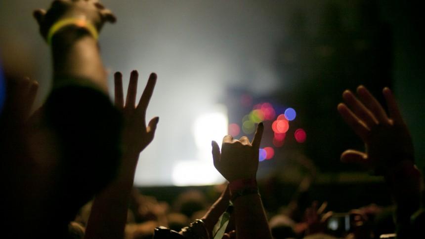 Knivdrama på konsert