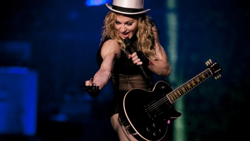 Madonna påhoppad av Elton John – igen
