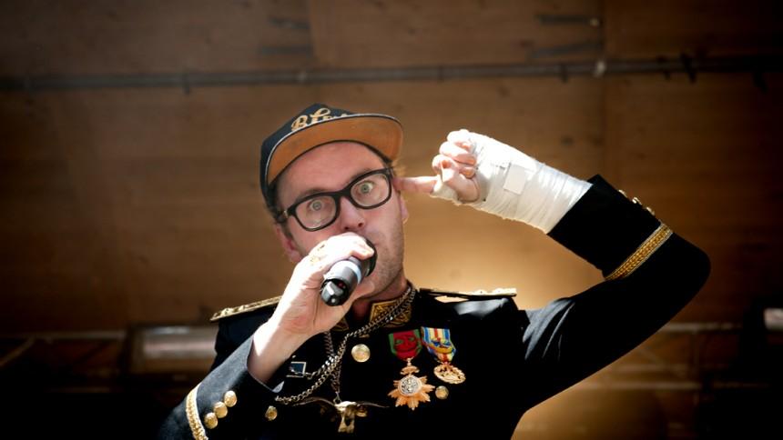 Frej Larsson solodebuterar – albumet redan släppt