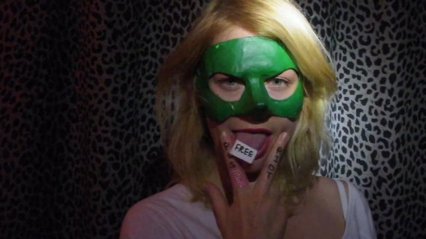 Svenska artister i Free Pussy Riot-video