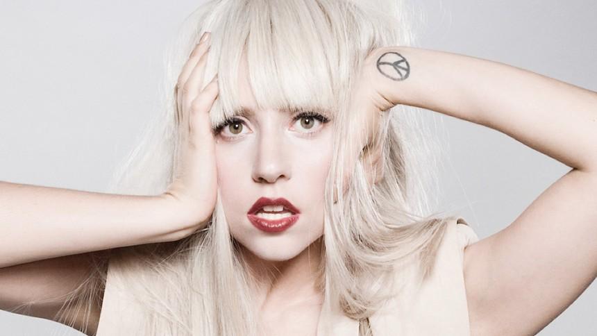 Lady Gaga luras