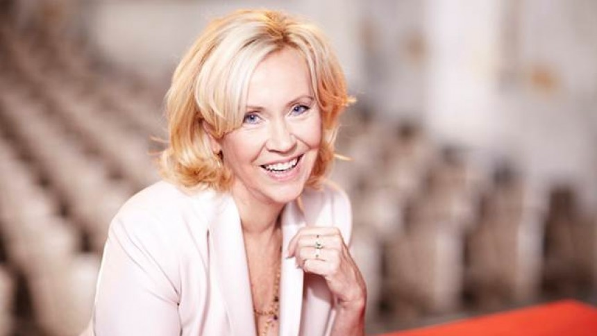 Agneta Fältskog på scen igen efter 25 år