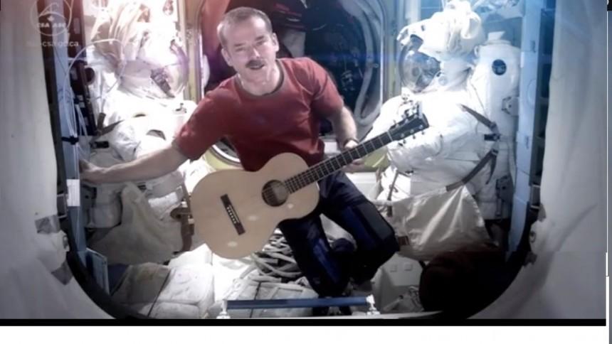 Spelade in musikvideo − i rymden