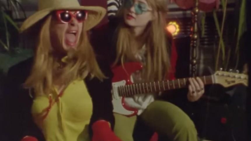 VIDEOPREMIÄR: Surreal Lovers – Kinky Man