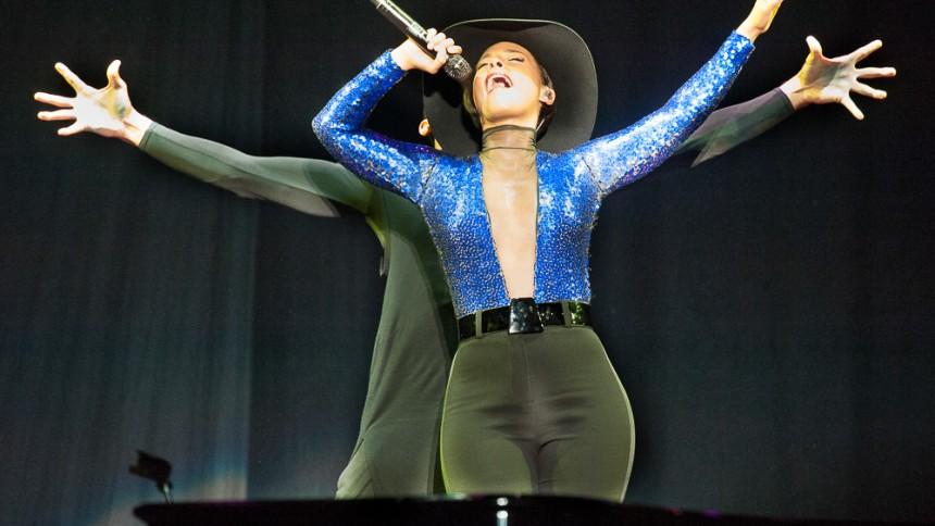 Alicia Keys: Flamingo, Way Out West