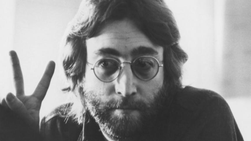 John Lennons Hitler-självporträtt under klubban