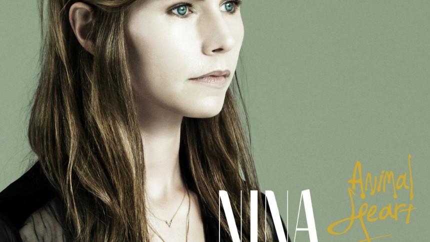 Så bra är Nina Perssons solodebut