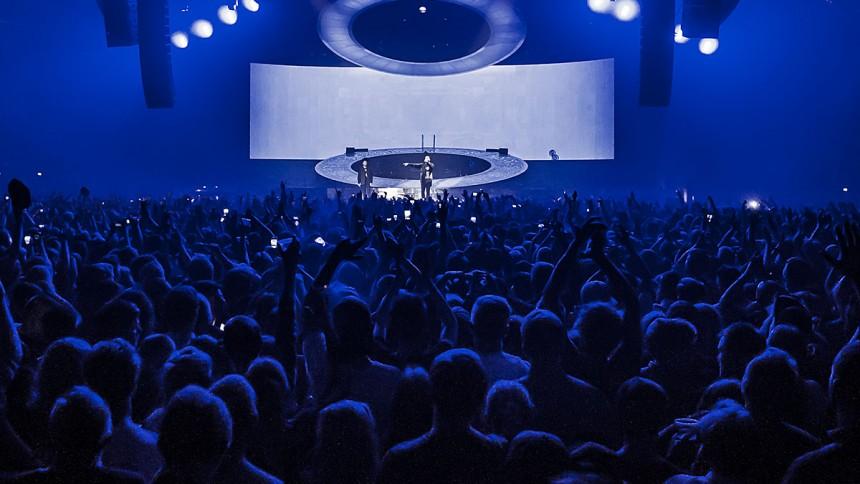 Sverigeaktuell artist står med Spotifys mest spelade låt – någonsin