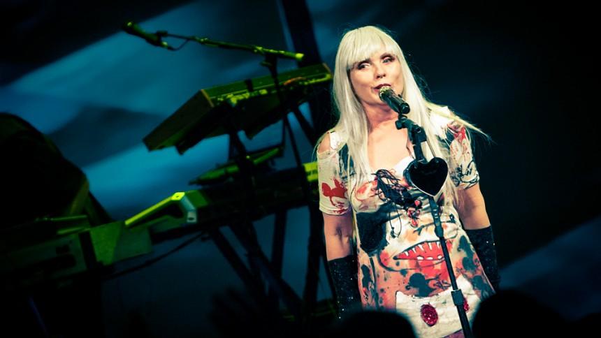 Blondie tillbaka – släpper album fullspäckat med sjukt intressanta gästspel