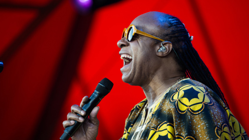 Stevie Wonder tar ställning i Michael Jackson-debatten