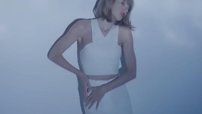Taylor Swift köper porrdomäner