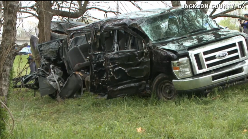 Flera metal-musiker döda i bilkrasch