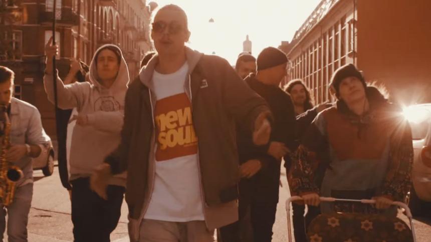 VIDEOPREMIÄR: Antonio D – När Du Ler