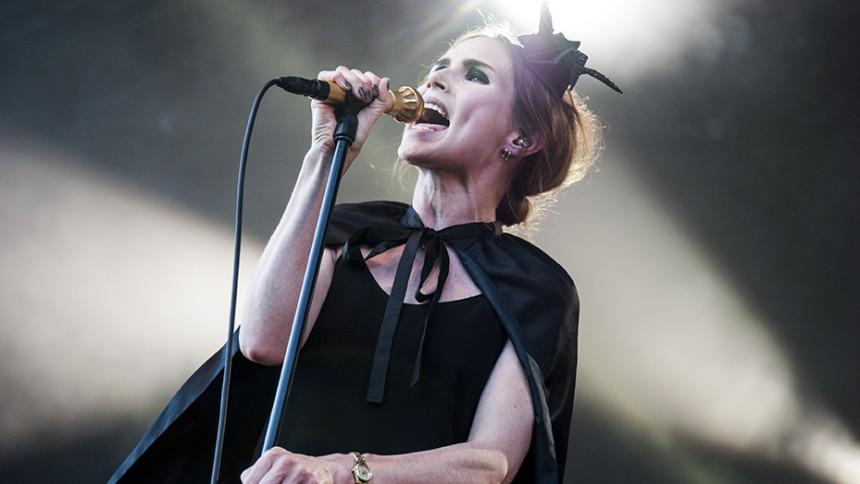 The Cardigans ger konsert i Sverige