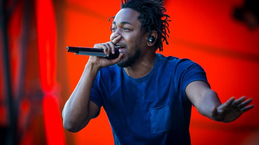 Kendrick Lamar överraskar fansen