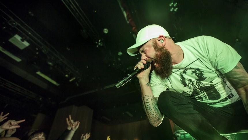 In Flames ger intima spelningar i Sverige