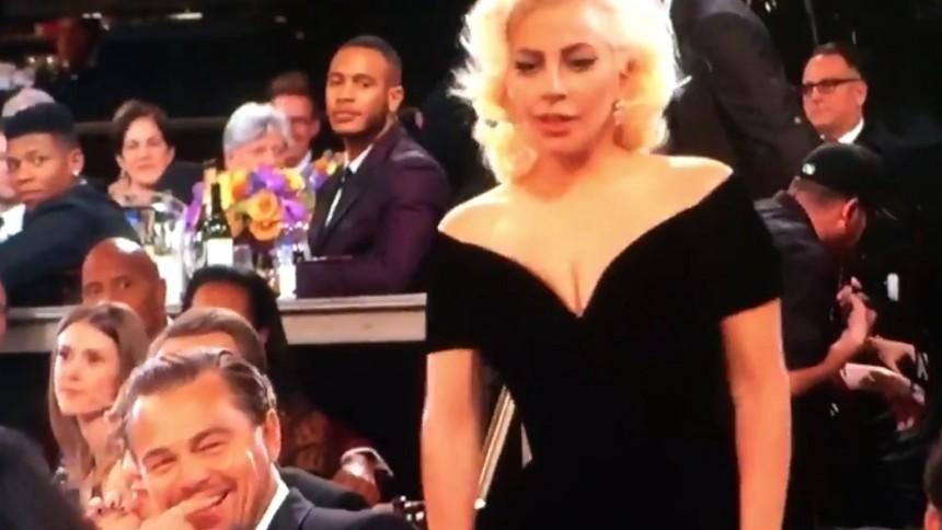 Därför grimaserade DiCaprio efter Lady Gagas beröring