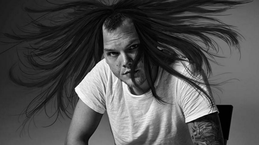 Aviciis nya frisyr skapar debatt – stjärnan trollar loss