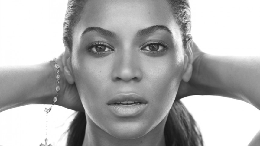 Beyoncé stämmer Feyoncé
