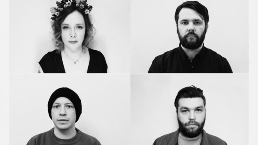 Brittisk supergrupp med första singel
