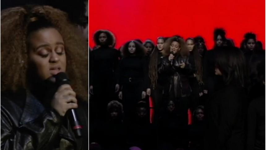 Video: Stående ovationer för Seinabo Seys starka framträdande