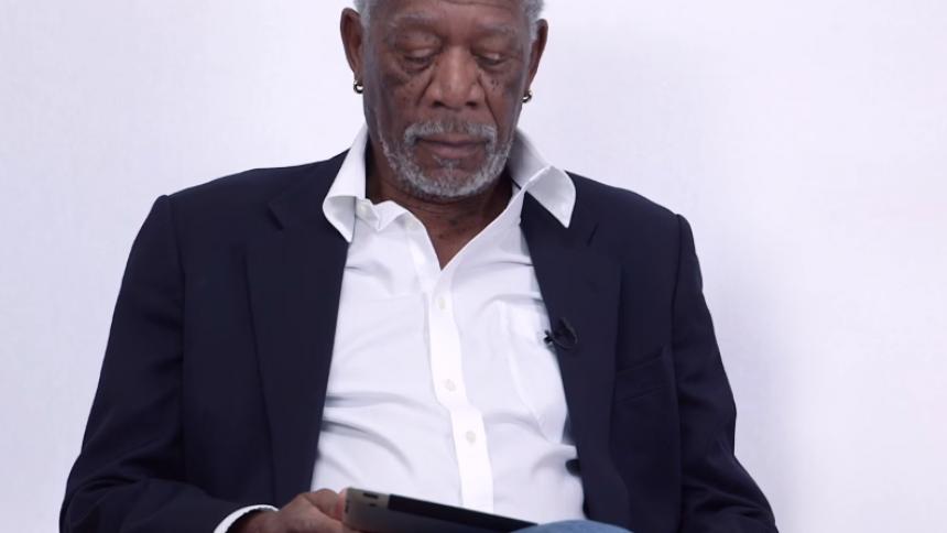 Se Morgan Freeman högläsa Bieber-hit