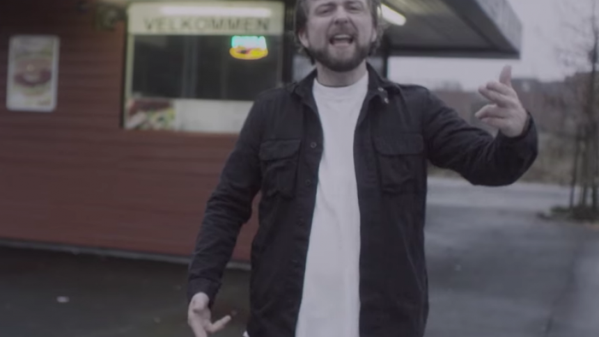 Se norrmän parodiera svenska hiphop-hits