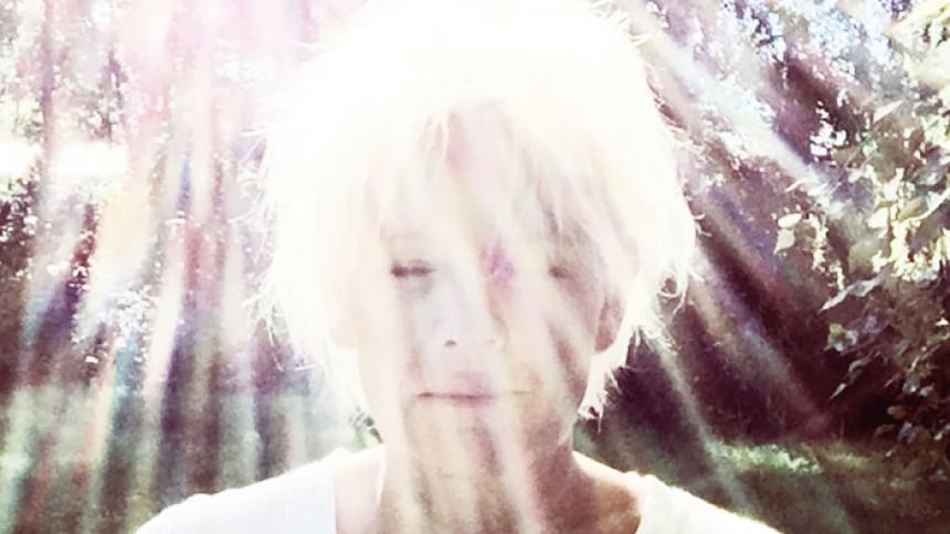 Eva Dahlgren – Jag Sjunger Ljuset