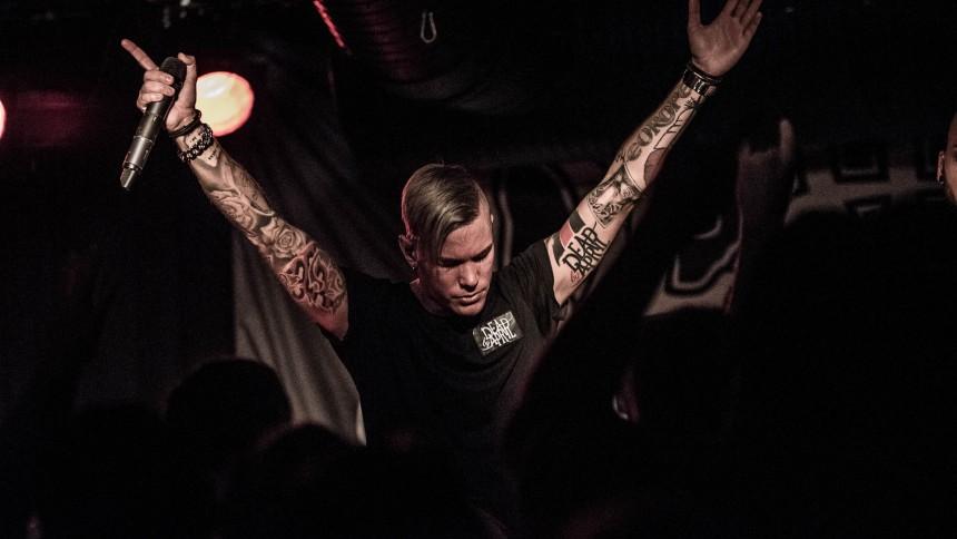 Ännu en sångare lämnar Dead By April